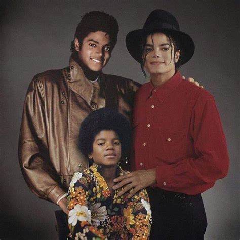 Fantastic Portraits of Pop Stars Posing With Their Younger
