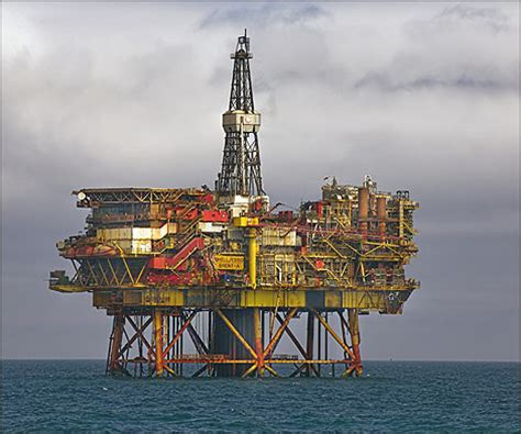 BBC - Tyne - In Pictures - North Sea oil and gas