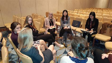 File:Bipolar SIG breakout session with Victoria Cosgrove