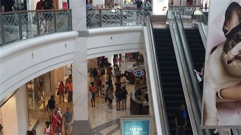 Teens And Mall Culture: The Fading Love Affair? : NPR