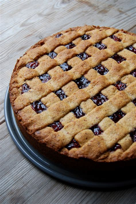 Linzer Torte, a family recipe - eat in my kitchen eat in