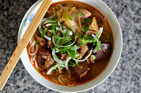 5 Different Types of Vietnamese Noodle Soups – Travel