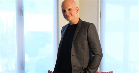 'Barry''s Anthony Carrigan brings light touch to quirky